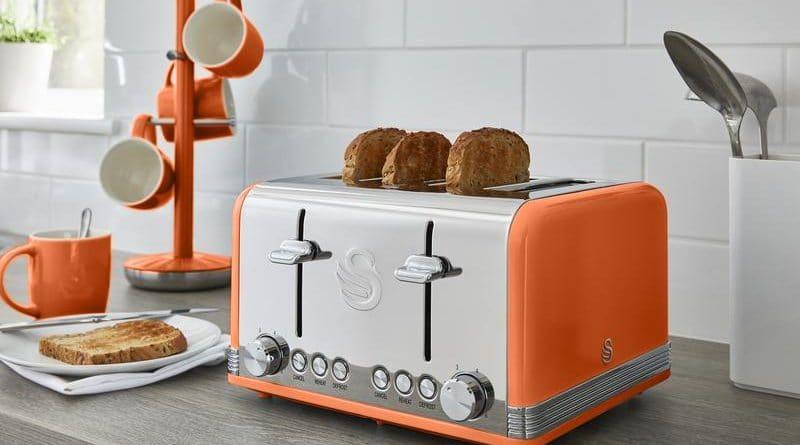 Sélection de grille pain de couleur orange
